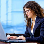 Как увеличить продажи с сайта с помощью онлайн-консультанта?